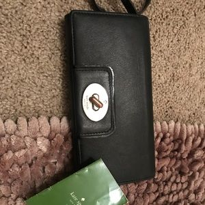 Kate Spade black wallet.